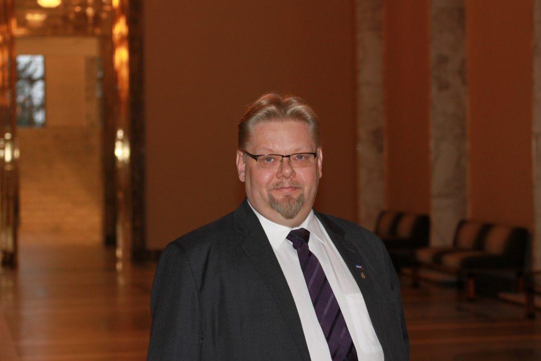 Perussuomalainen kansanedustaja Jari Ronkainen, Hollola