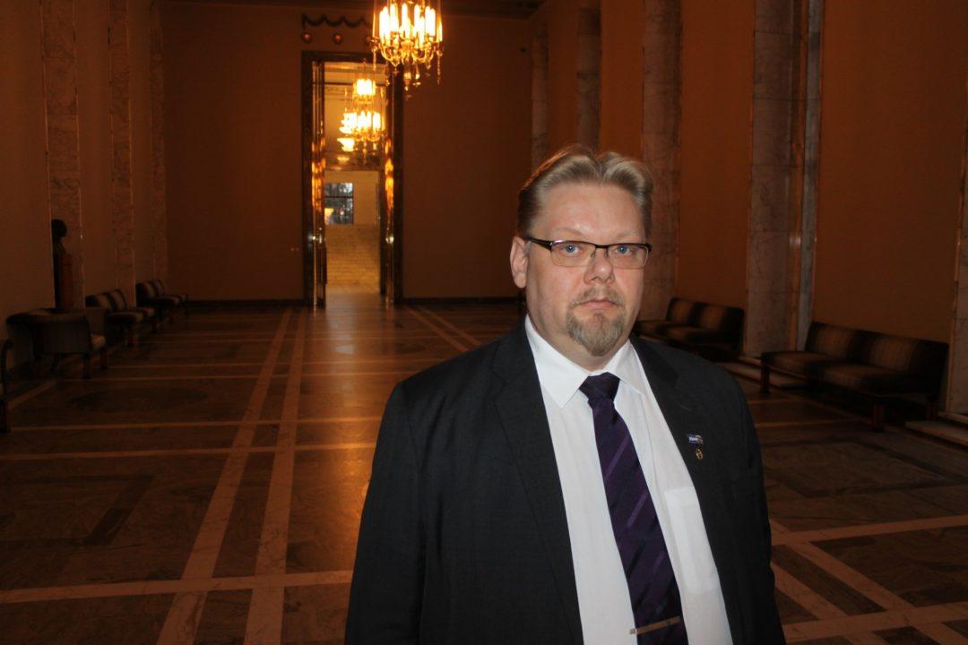 Kansanedustaja Jari Ronkainen (ps)