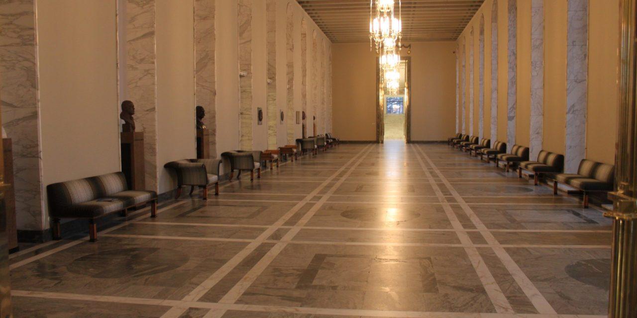 """Suomen """"oikeistohallitus"""" on maahanmuuttopolitiikan outolintu"""